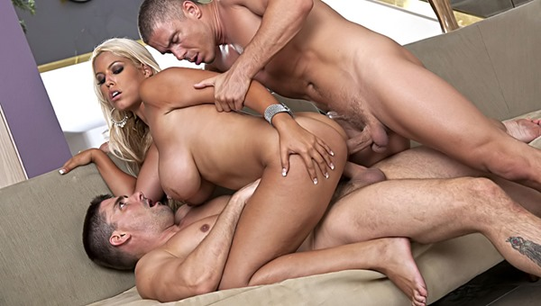 bridgette-b-getting-double-penetrated